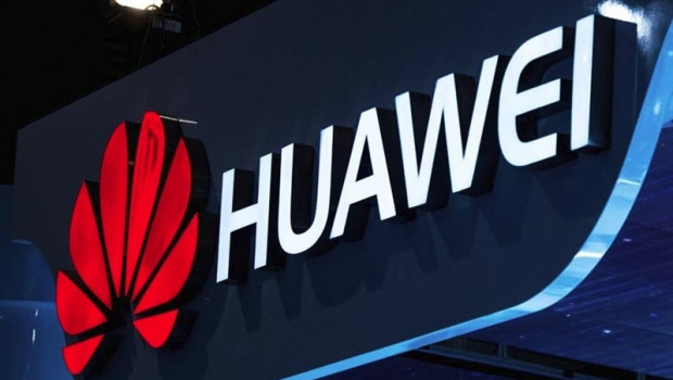 Huawei eyes computer market as United States squeezes telecom business