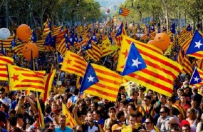Nueva jornada de infarto en Cataluña: Rajoy y Puigdemont, a punto para apretar el botón del 155 y