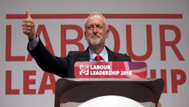 jeremy-corbyn-reelu-a-la-tete-du-parti-travailliste