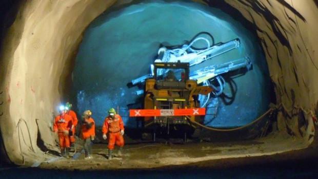 ep archivo   proyecto chuquicamata subterranea de la corporacion nacional de cobre de chile codelco