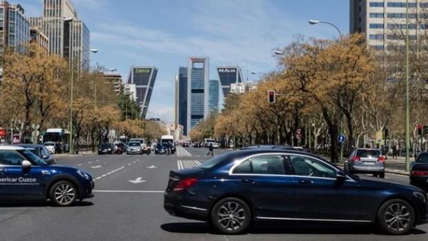 ep coches transito castellana trafico contaminacion madrid torres edificios