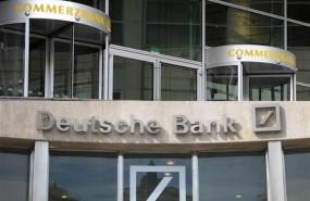 ep economiafinanzas- deutsche bank415 subebolsacommerzbank un 683