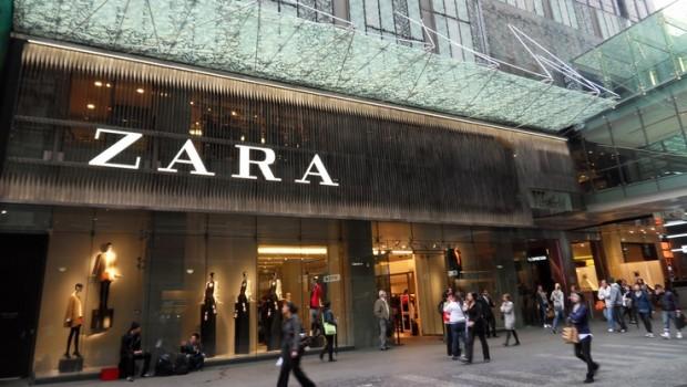 Sus Cubos Qué Instala Zara Tiendas Reciclaje Ropa En De ¿por RvxwY