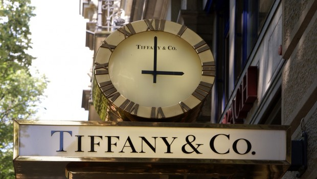 Louis Vuitton owner LVMH to buy Tiffany for $16bn
