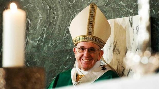 ep papa francisco celebrando misa
