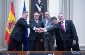 ep firma del acuerdo entre tecnobit sener y gmv para particiar en consorcio en el desarrollo de los