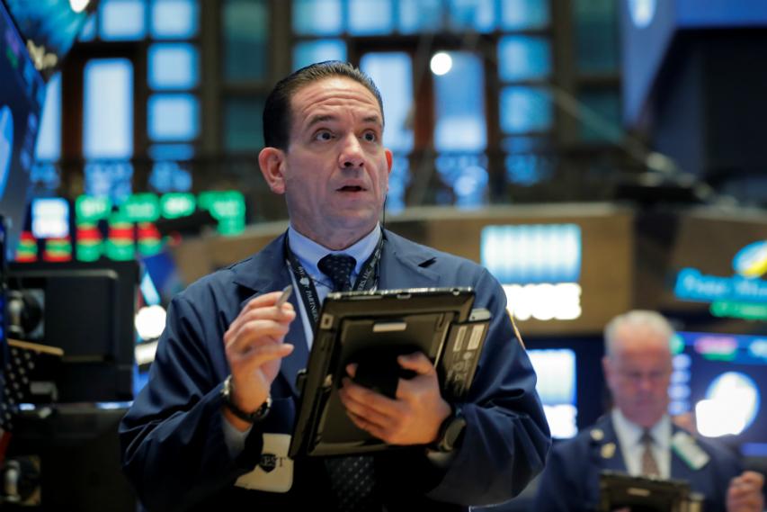 Wall Street rebota tras su peor sesión desde octubre por el coronavirus