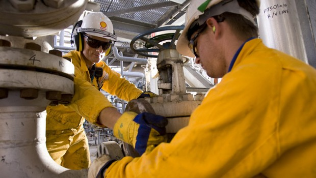 Shell oil engineers, oil & gas, energy