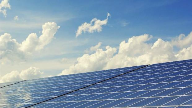 ep imagen de placas solares energias renovables