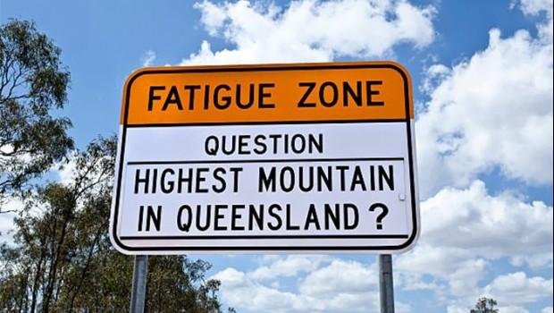 trivia-road-signs-australia-7-59acf158da6c0 700-700x467