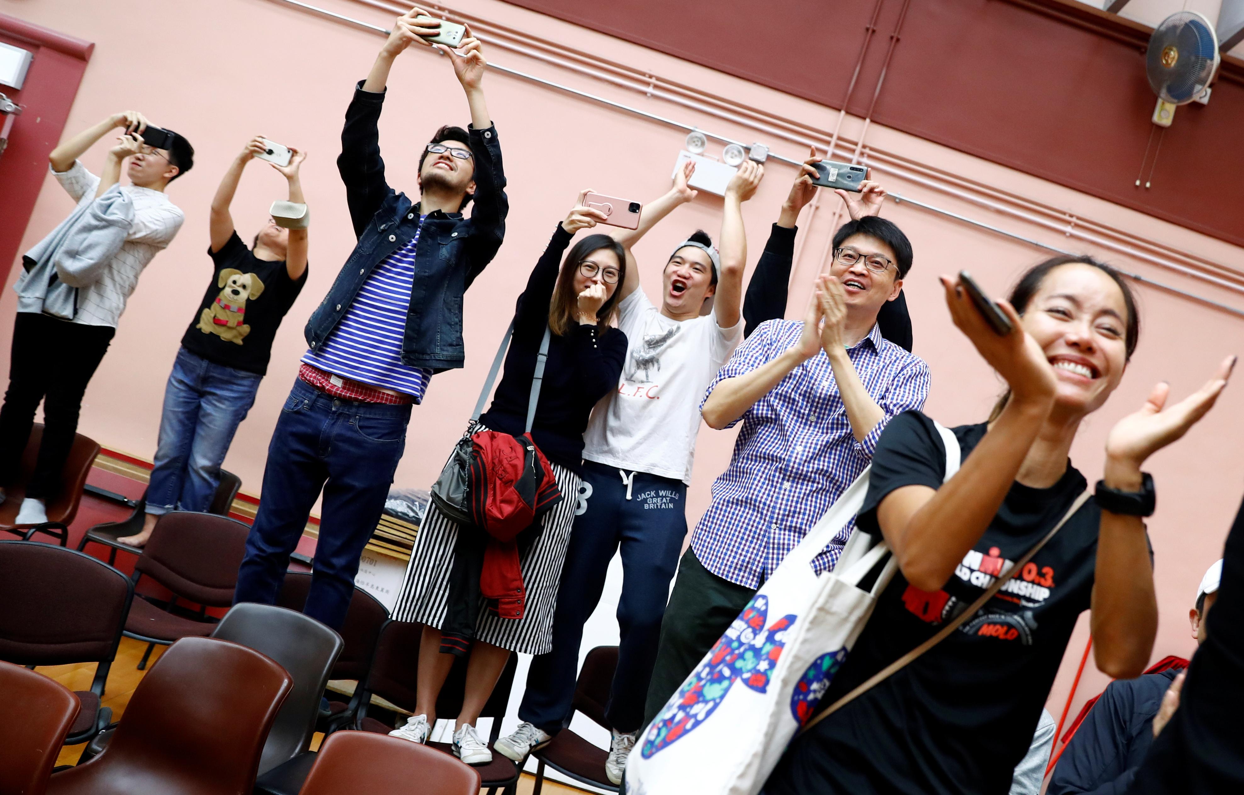hong-kong-elections-locales-pro-democratie