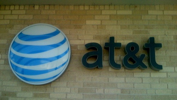 AT&T agrees to buy Straight Path for $1.6bn