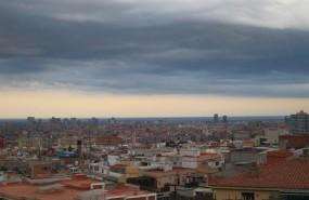 ep barcelona nubes lluvia skyline