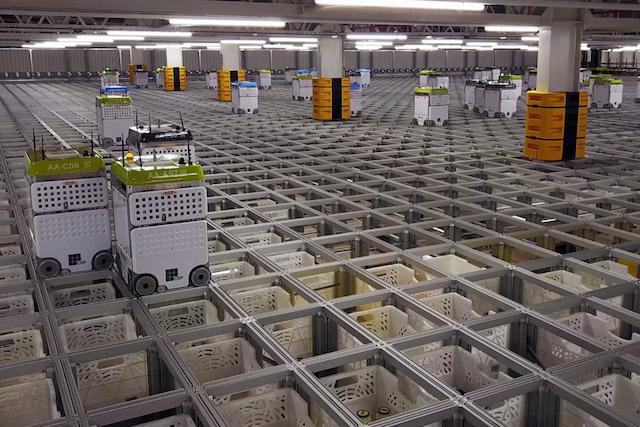 ocado cfc warehouse robots.
