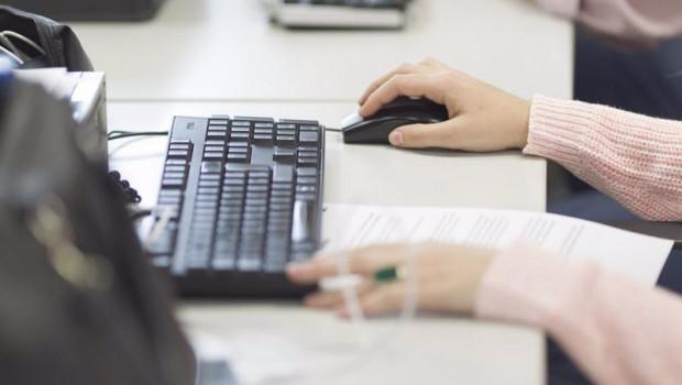 ep oficina ordenadores trabajo trabajando empleo desempleo paro trabajador