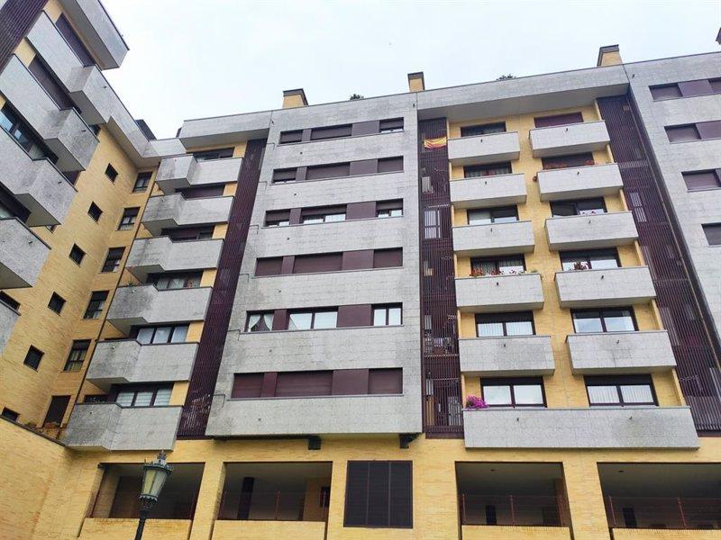 https://img2.s3wfg.com/web/img/images_uploaded/b/8/ep_archivo_-_un_edificio_de_viviendas_de_oviedo.jpg