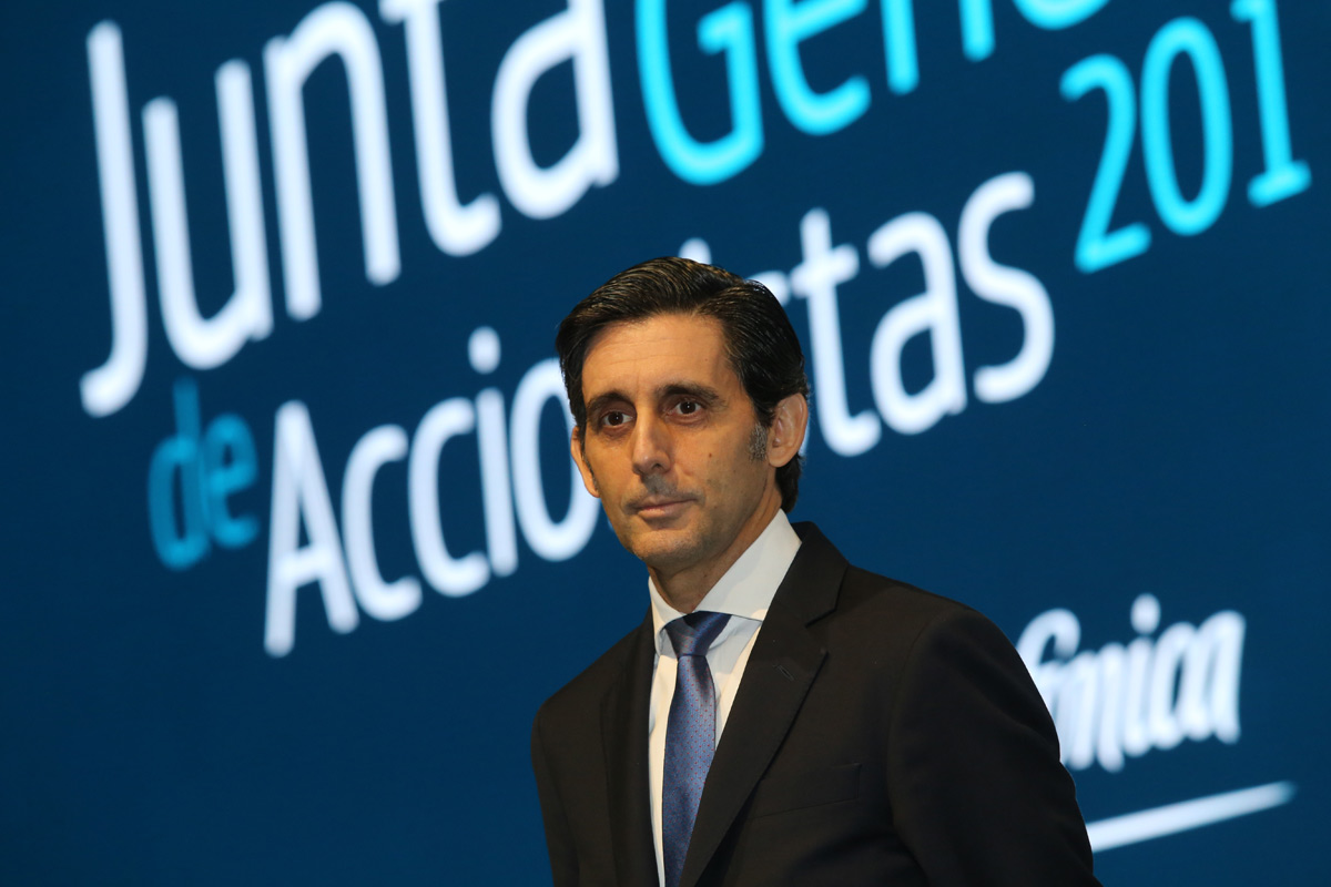 Telefónica reducirá deuda en 500 millones tras su acuerdo con AT&T en México