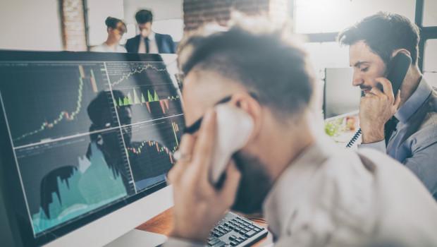 mercados-trader-ordenador-bolsa-inversion