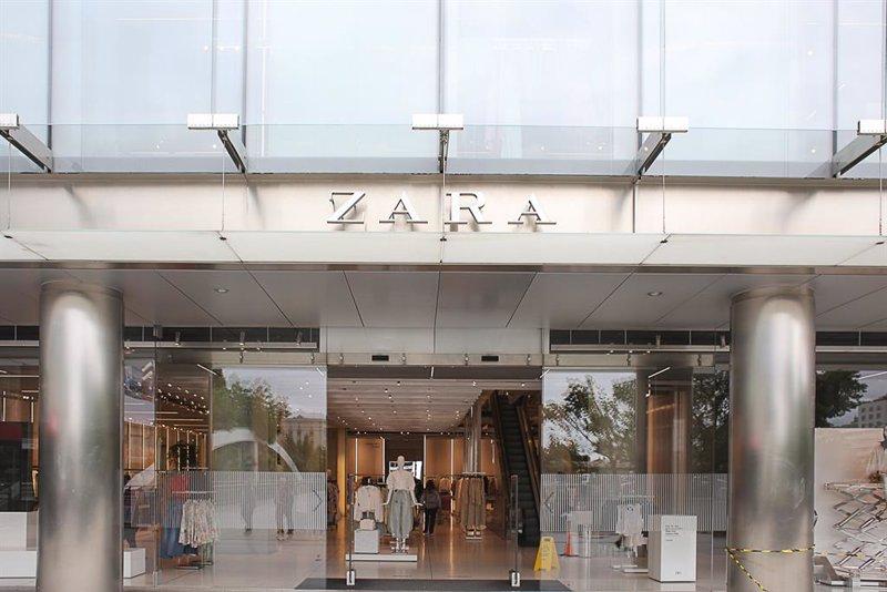 https://img2.s3wfg.com/web/img/images_uploaded/b/f/ep_archivo_-_una_tienda_de_zara_en_el_centro_de_madrid_20210915082804.jpg