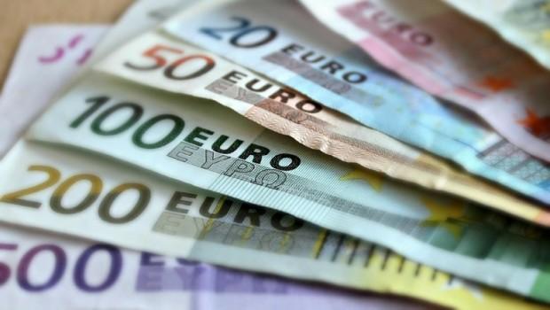billetes euros dinero bc