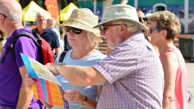 ep turistas consultan informacion