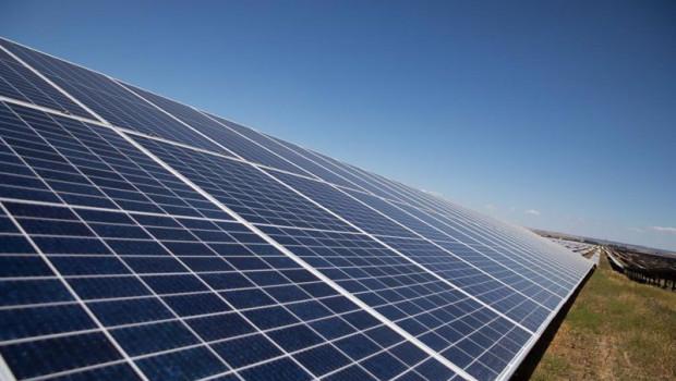 ep la planta solar de amazon aws a 23 de junio de 2021 en alcala de guadaira sevilla andalucia