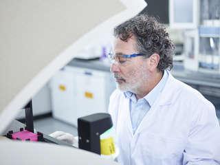 astrazeneca dl scientist science drug