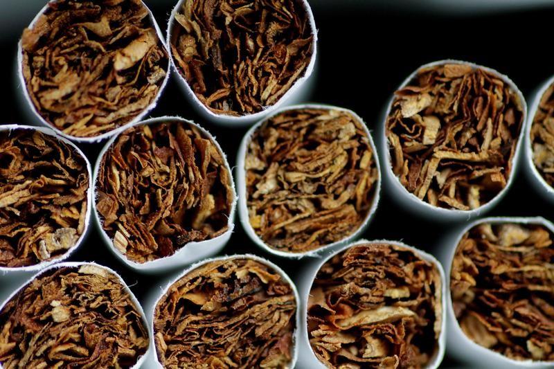 le-paquet-de-cigarettes-augmentera-de-plus-de-3-euros-d-ici-2020