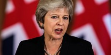 theresa-may-somme-l-ue-de-sortir-les-negociations-de-l-impasse