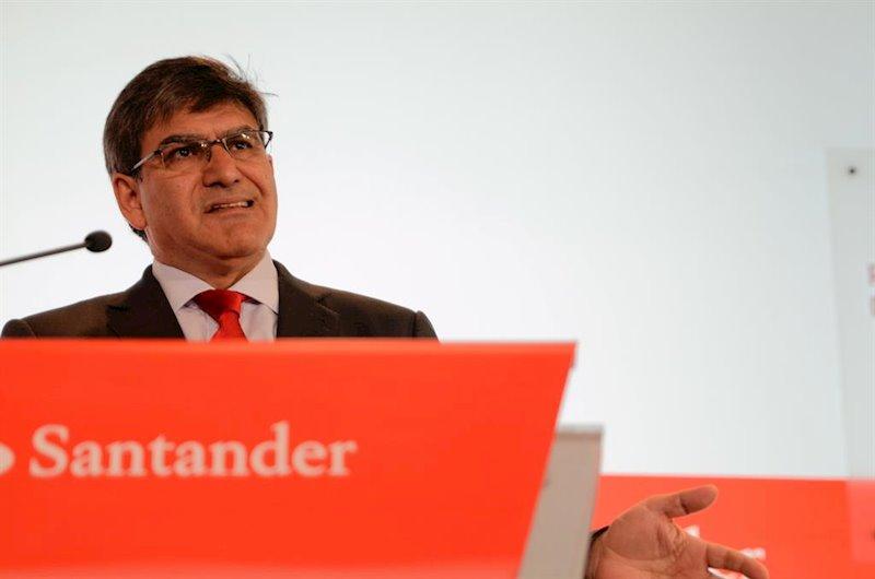 https://img2.s3wfg.com/web/img/images_uploaded/f/e/ep_el_consejero_delegado_de_banco_santander_jose_antonio_alvarez_presenta_los_resultados_de_la.jpg